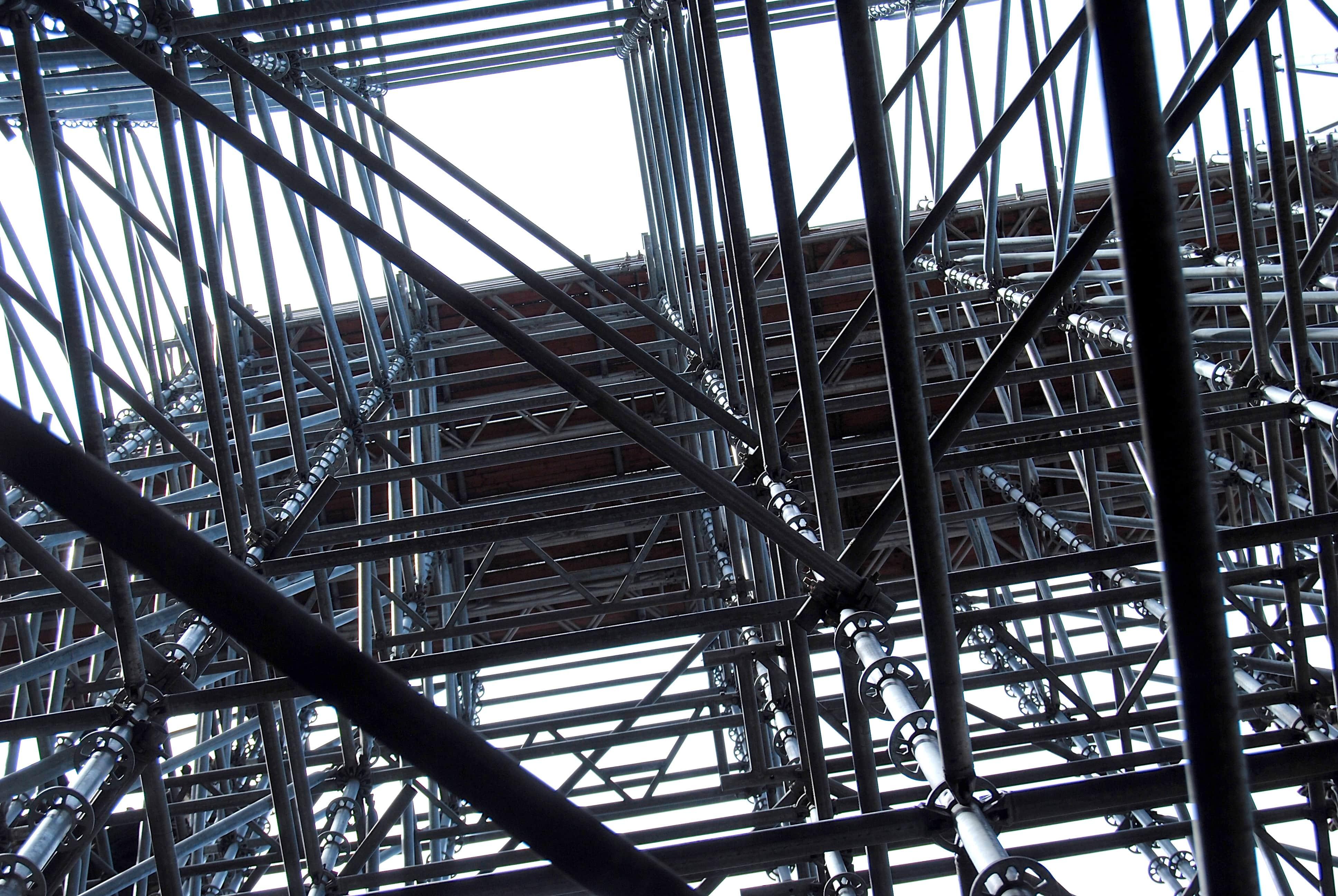 5 Faktor Penting dalam Perencanaan Konstruksi Rangka Atap Baja Ringan