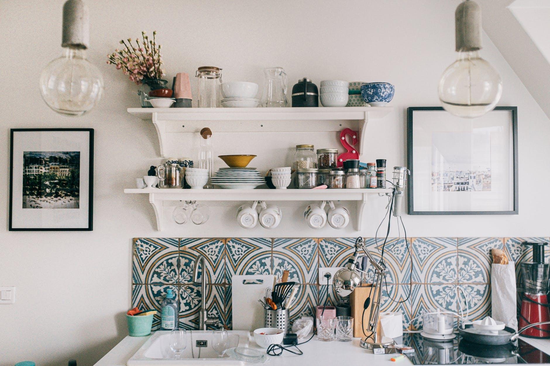 Cara Membuat Rak Dinding untuk Percantik Interior Ruang