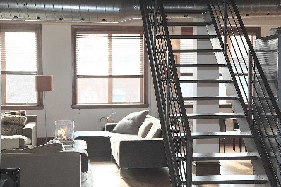 4 Desain Tangga Rumah Sempit Sederhana yang Inovatif