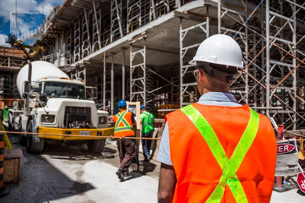 Tugas Pelaksana Proyek Konstruksi Bangunan